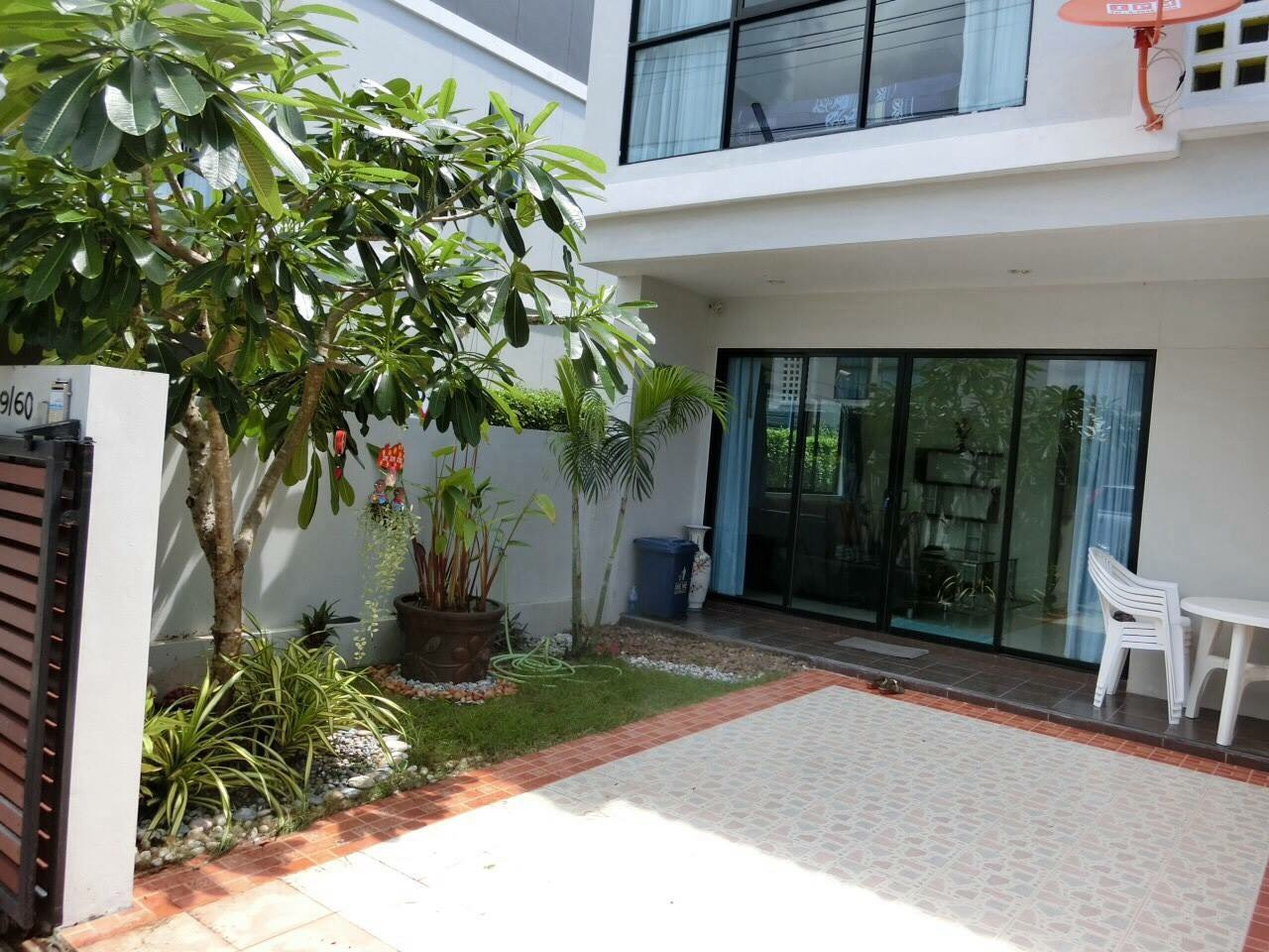 2 Bed Townhouse in Chalong